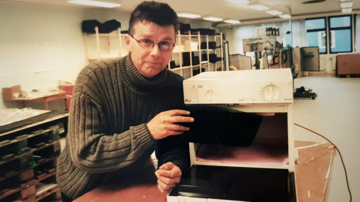 Olle Sydlén with the microwave that started it all.