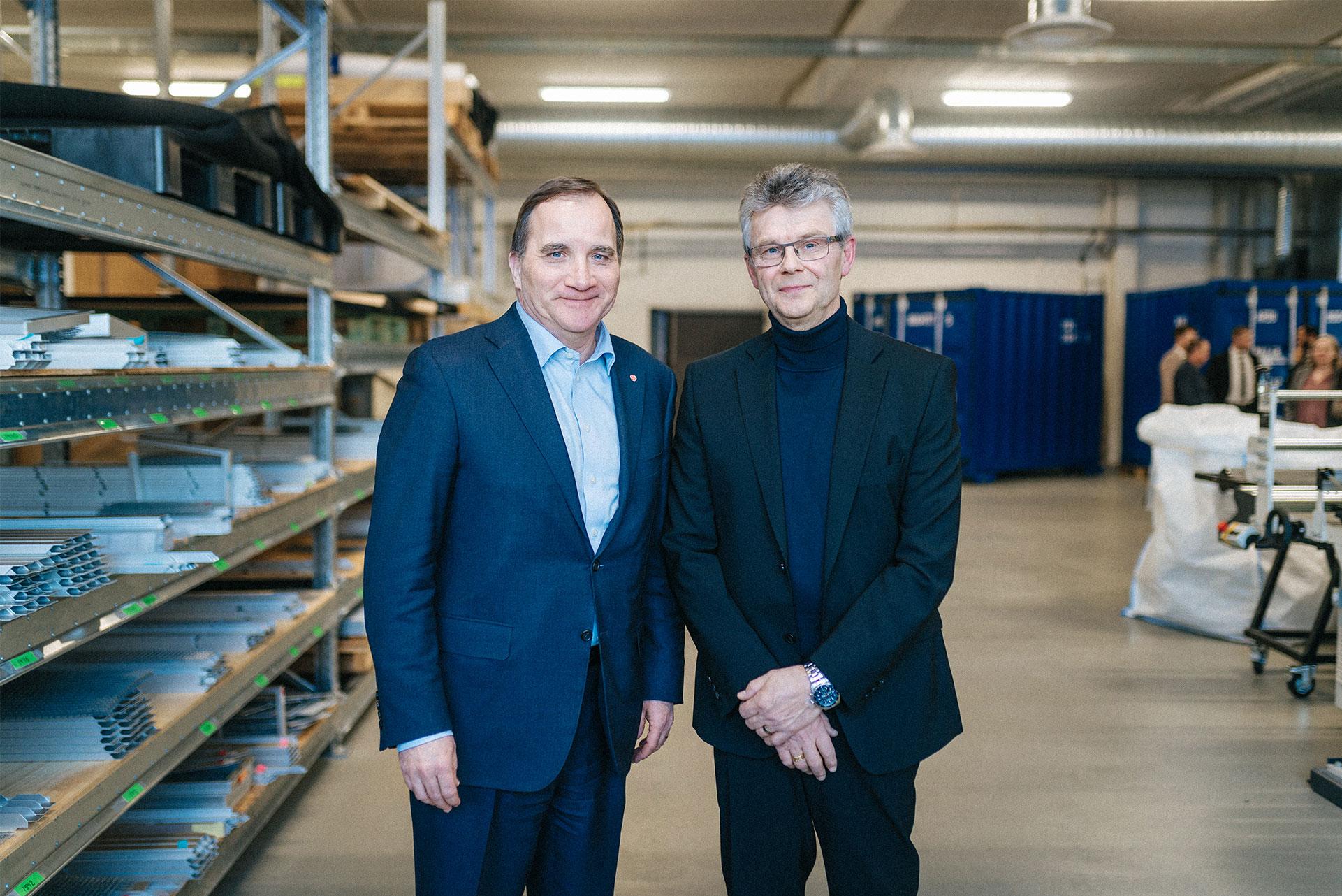 Stefan Löfven, Sveriges statsminister och Olle Sydlén, VD och grundare av Racoon Miljöfilter AB.
